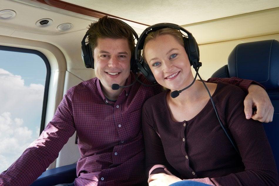 Par på helikoptertur